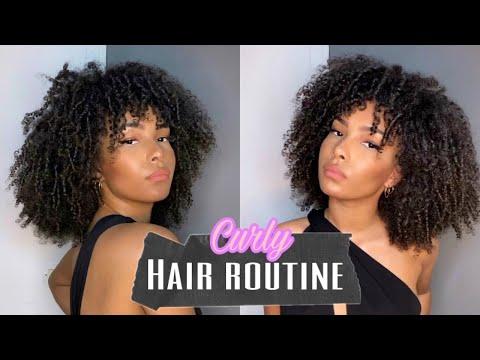 Curly Hair Routine: comment définir ses boucles (bouclés, frisés & crépus)