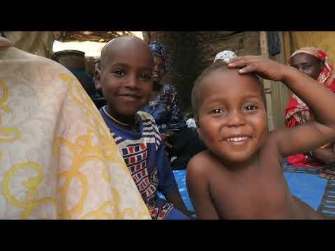 longue crΘpus secret des cheveux en provenance du Tchad en Afrique TASSES